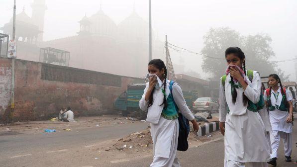 Allarme Unicef per l'inquinamento : 17 milioni di bambini respirano aria tossica