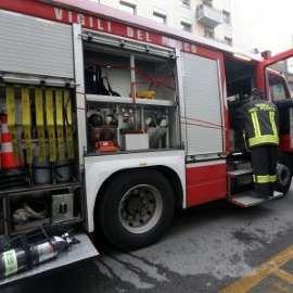 Precipita ascensore del palazzo delle Assicurazioni a Roma : tre feriti
