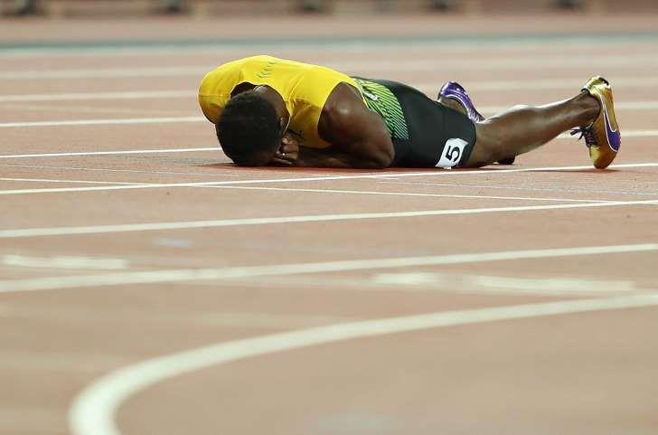 Usain Bolt si infortuna nell'ultima gara 4x100