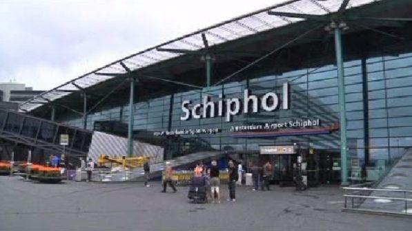 Aeroporto Amsterdam : Olanda fermato sospetto terrorista all aeroporto di
