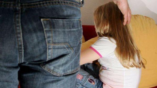 Pedofilia a Messina, abusa di una bimba di nove anni