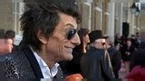 Rolling Stones : Ronnie Wood compie 70 anni