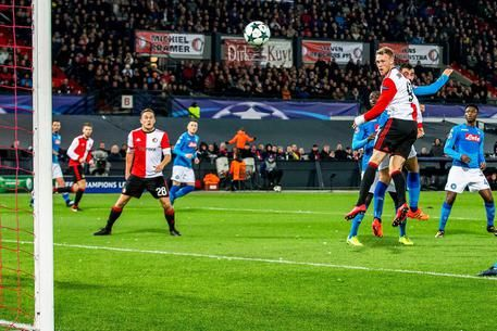 Champions League : Napoli eliminato da Feyenoord