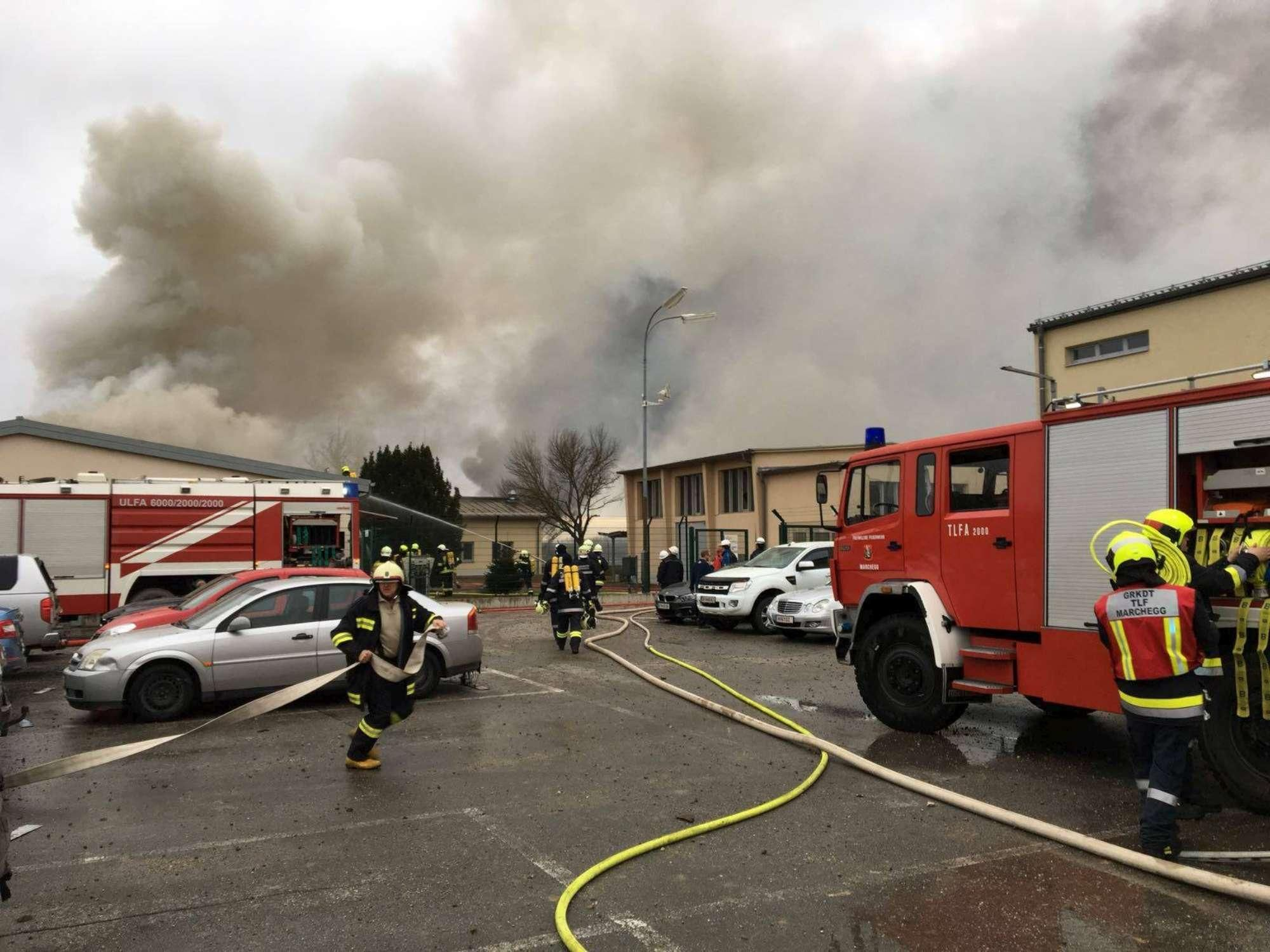 Austria, incendio hub gas, diversi feriti, possibili impatti su Italia