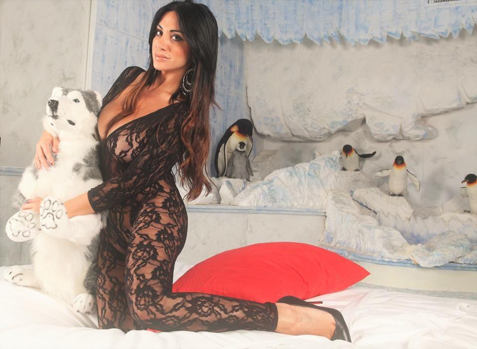Marika Fruscio attacca Paola Saulino : 'Sei scesa troppo in basso'
