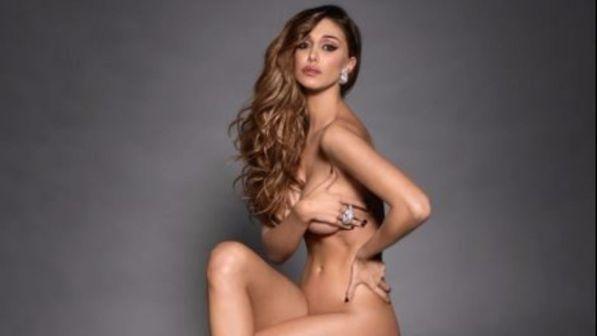 Belen Rodriguez nuda su Instagram : Andrea Iannone vieni tu