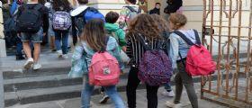 Studenti medie accompagnati per legge da mamma e papà : Basterà una liberatoria