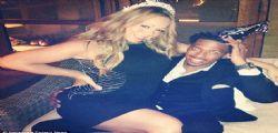 Mariah Carey sexy su Twitter per Nick Cannon