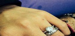 Raffaella Fico si sposa con Tozzi? Arriva l'anello di fidanzamento