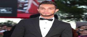 Marco Carta escluso da Sanremo 2016 : Il cantante contro Carlo Conti su Facebook