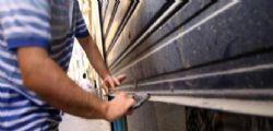 Crisi : Ogni giorno chiudono 134 negozi