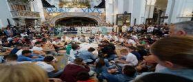 Napoli : Folla ai funerali di Genny 17 anni ucciso a colpi di pistola