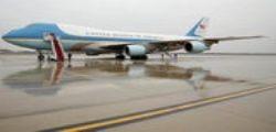 Donald Trump vuole annullare ordini alla Boeing per nuovi Air Force One