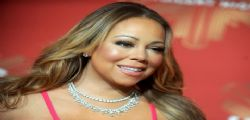 Mariah Carey sexy sul red carpet a New York