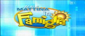 Fuori onda Pomeriggio 5 : Uno Mattina in Famiglia contro Barbara d