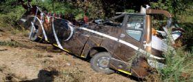 India, autobus cade in una scarpata : 12 vittime