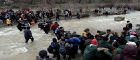 Macedonia rimanda in Grecia 600 migranti : Altri 700 trattenuti