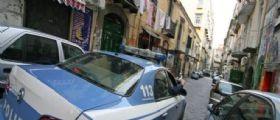 Napoli : Donna trovata morta nella vasca da bagno con un taglio alla gola e il phon nell