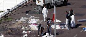 Attentato a Nizza, 84 morti : Tir falcia la folla e l