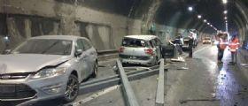 Brescia, camion perde il carico dopo un frontale: Due morti e dieci feriti, un bambino è gravissimo