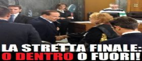 Processo Berlusconi : Silvio o dentro o fuori la politica