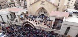 Esplosioni Egitto in due chiese nella domenica delle Palme : decine di morti e feriti, l