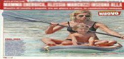 Alessia Marcuzzi : splendida in bikini in vacanza con Mia