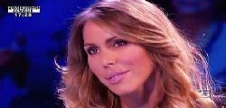 Guendalina Canessa super sexy in giro per Milano