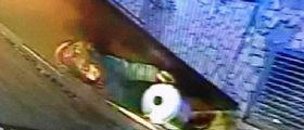 Il video choc della nonna serial killer : Tamara Samsonova decapita una donna e porta via la testa in una pentola