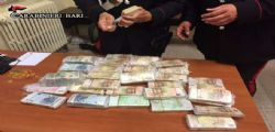 Bari, denunciato per riciclaggio : Getta 620mila euro dalla finestra