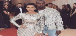 Kim Kardashian divorzia da Kanye West