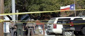 Strage Texas : trovati in chiesa centinaia di bossoli e 15 caricatori da 30 proiettili