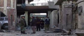 Afghanistan, Isis trucida 30 civili dopo averli presi in ostaggio : Molte vittime sono bambini