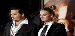 Amber Heard e Cara Delevingne : Ecco perchè  Johnny Depp ha picchiato la moglie