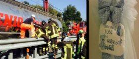 Schianto in A12, indagato il camionista romeno : La madre dei due gemellini morti non è in pericolo
