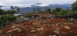 Terremoto Nepal, turista italiano : Travolto da una frana, sono vivo per miracolo!