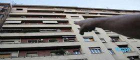 Udine : Ragazzina 13enne litiga con la madre e si lancia dal balcone