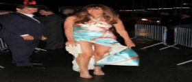 Carol Alt mostra gli slip per The MDNA Tour