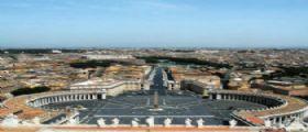 Roma : Un uomo si dà fuoco a Piazza S. Pietro, è grave