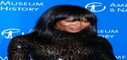 Naomi Campbell sexy sul red carpet a New York