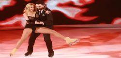 Valeria Marini hot a Notti sul ghiaccio