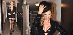 Michelle Hunziker, reggicalze e décolleté da urlo agli Italian Musical Awards