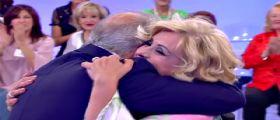 Uomini e Donne : Tina Cipollari riabbraccia l