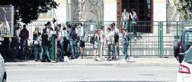 Roma : Quindicenne adescata in chat va all'appuntamento, 44enne la violenta
