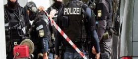 Germania, mail con minacce di attentati in 7 scuole tedesche : Studenti bloccati in aula