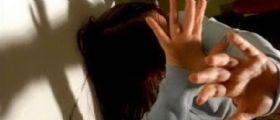 Salerno : Tredicenne pestata a sangue dalle coetanee per gelosia nei confronti di un ragazzo