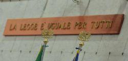 14enne rasata Bologna : confermato allontanamento