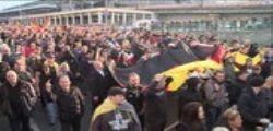 Germania : raid contro un gruppo di estrema destra sospettato di preparare attentati