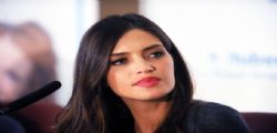Sara Carbonero : trasparenze hot per la presentazione di Essere donna