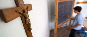 Terni : il prof Francesco Coppoli toglie il crocifisso dall